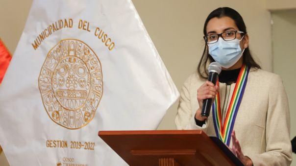 Alcaldesa Romi Infantas