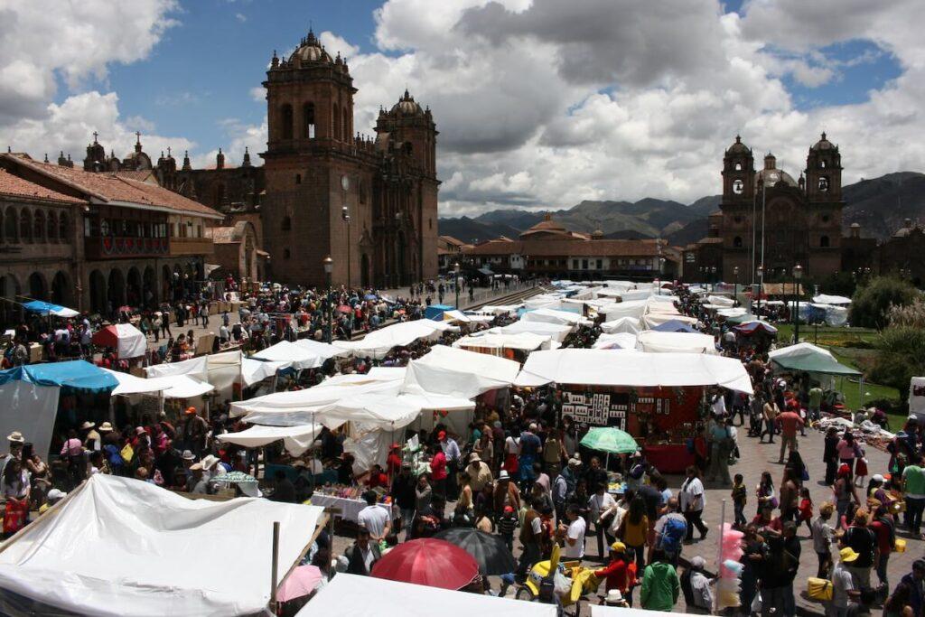 Feria de Santurantikuy